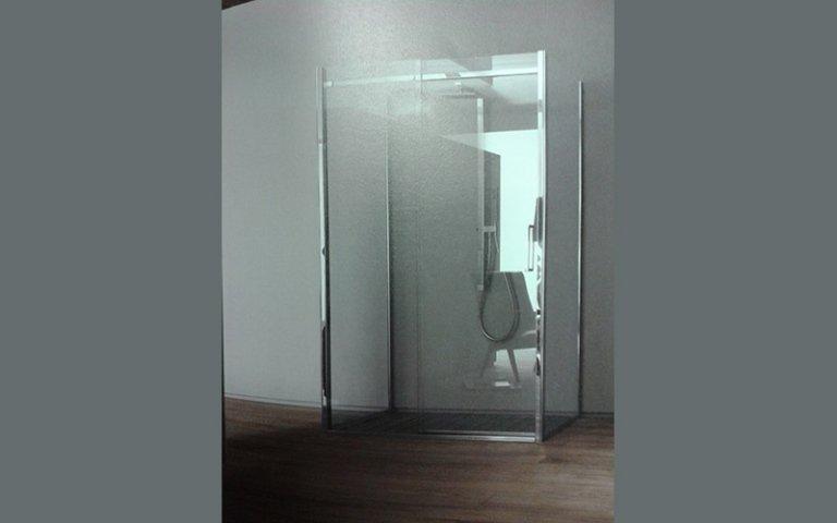 Taglio misura vetro doccia