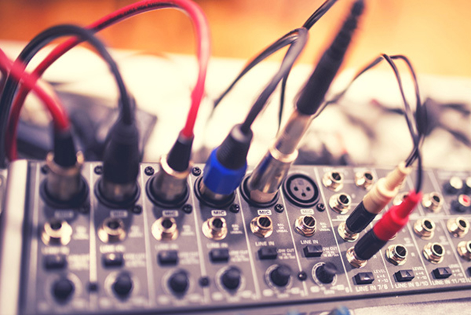 Music mixer equipment