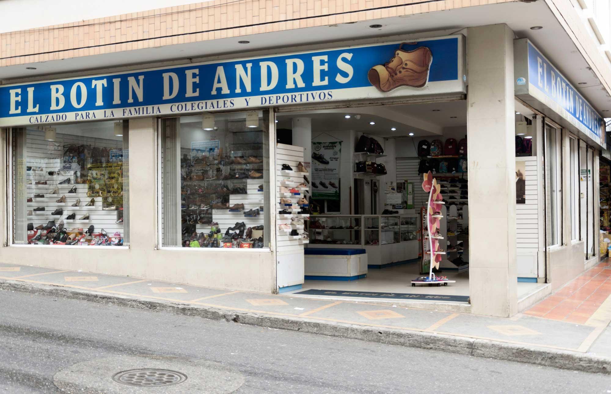 a356666207 Un almacén de tradición con mas de 30 años en Bucaramanga sirviendo a las  familias Santandereanas