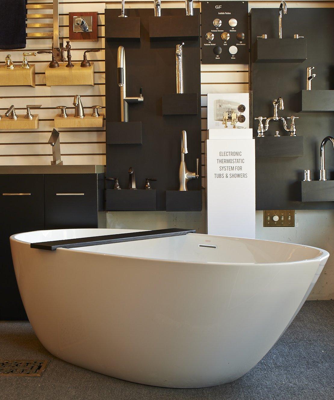Decorative bath tub