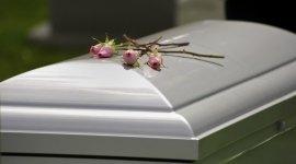 addobbo funebre, cremazione, composizione lapide cimiteriale