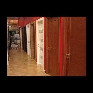 Porte per interni in legno e in vetro