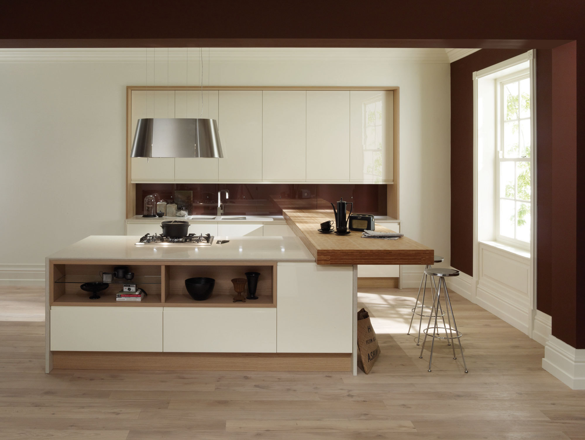 A beautiful designer kitchen by Installers of quality fitted furniture. The Kitchen and Bedroom Studio   Installers of quality fitted