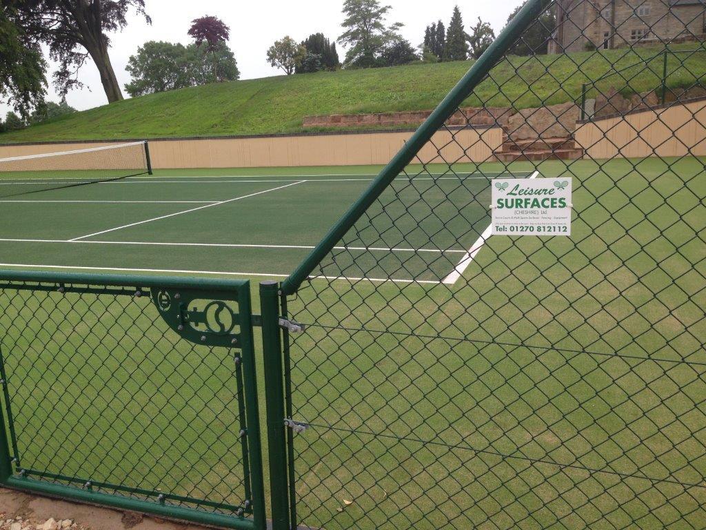 cage around tennis court