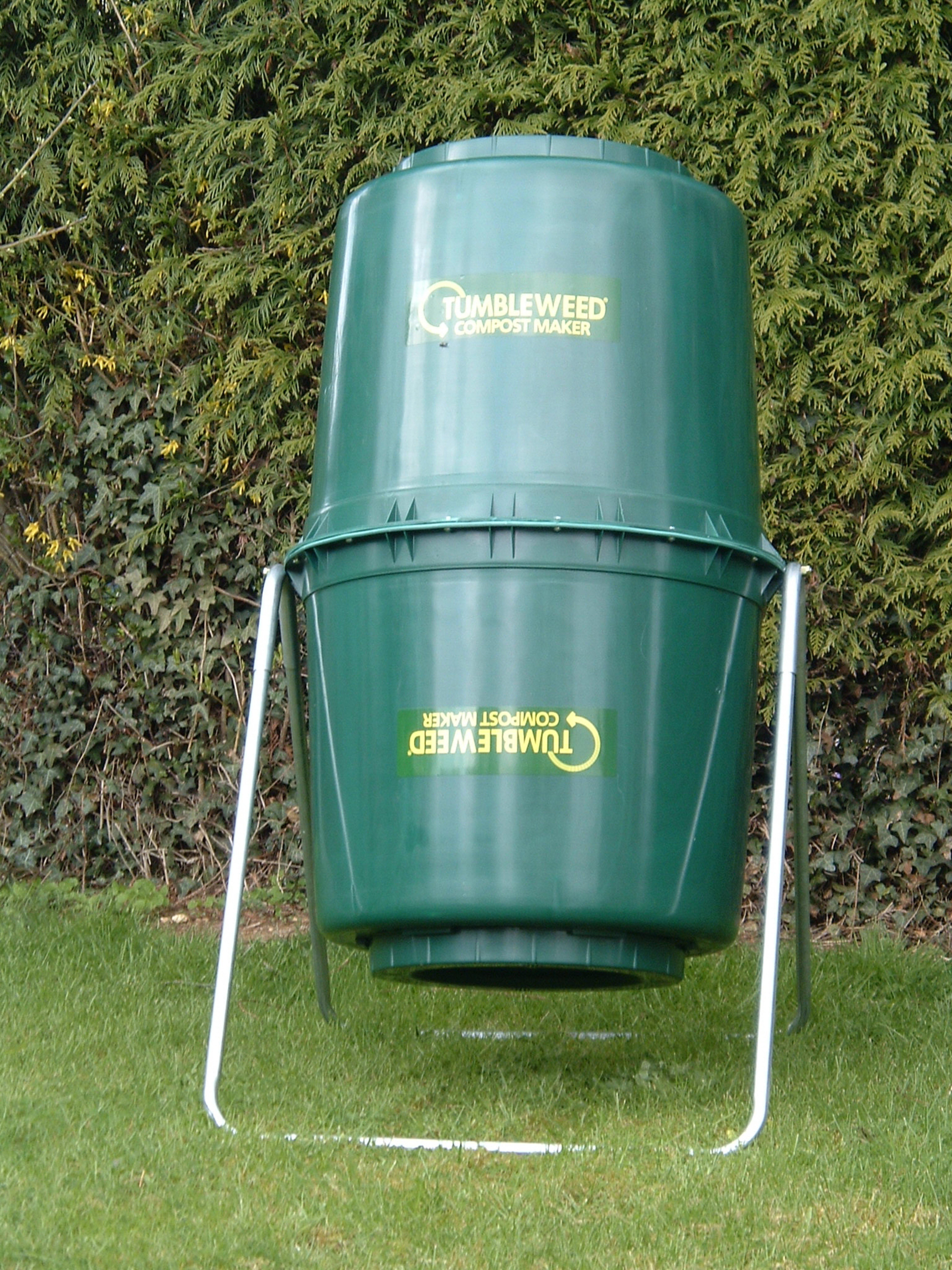 Green tumbleweed compost bin