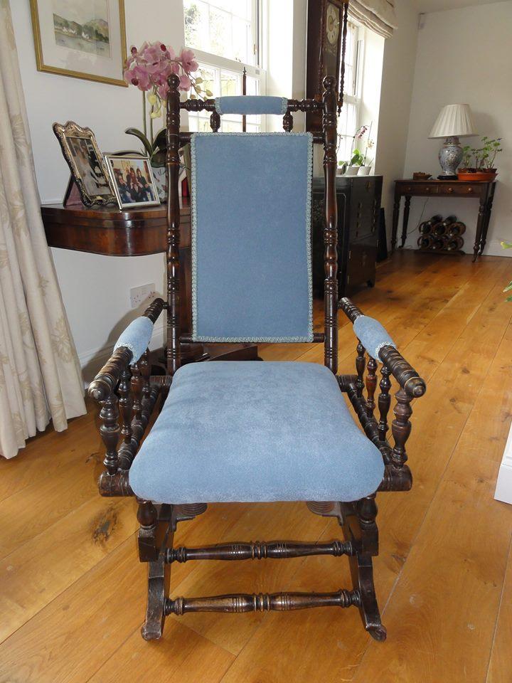 blue coloured cushion