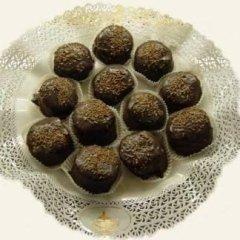 africani, pasticcini al rhum, cioccolato