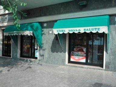 vedi le foto del negozio