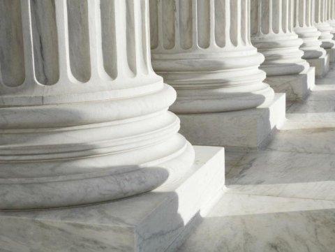 archi e colonne marmo