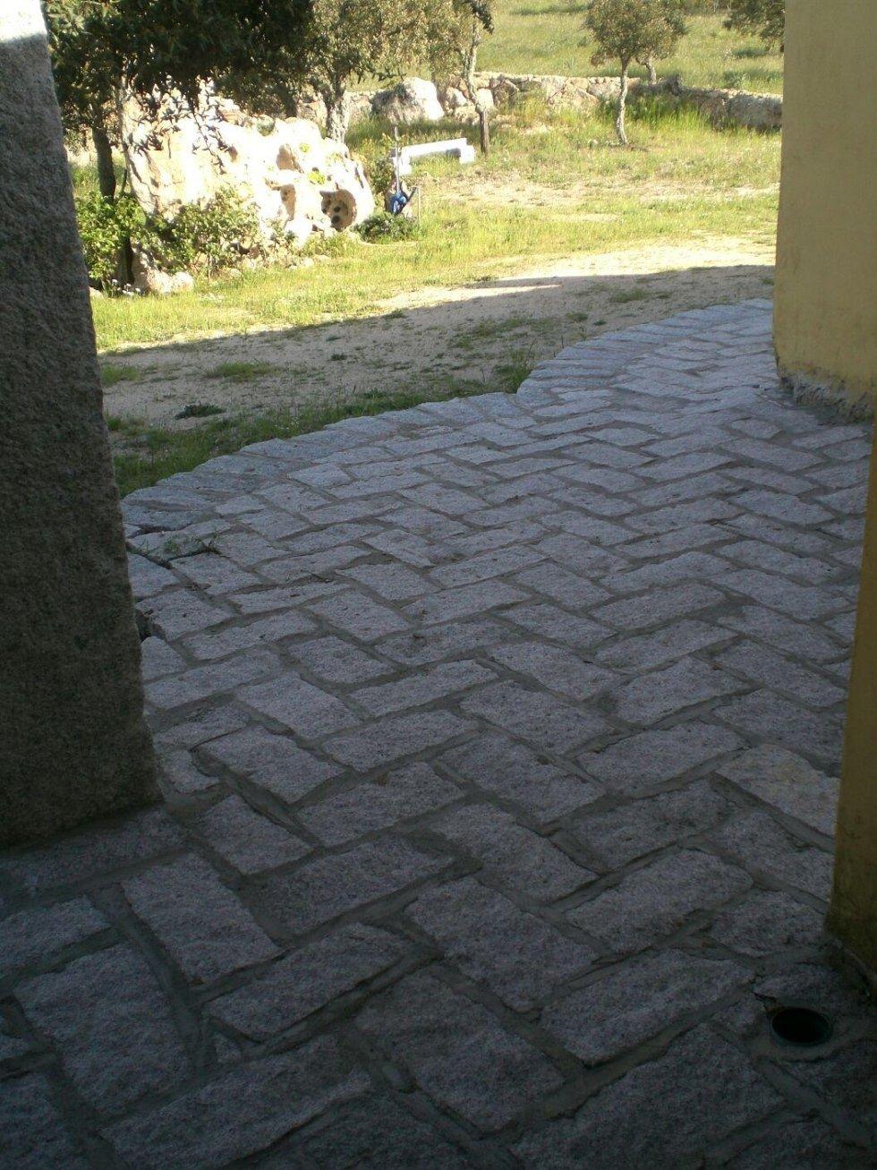 pavimento granito Porto Rotondo