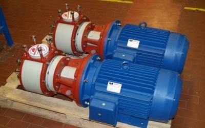 Horizontal pump with mechanical seal turin