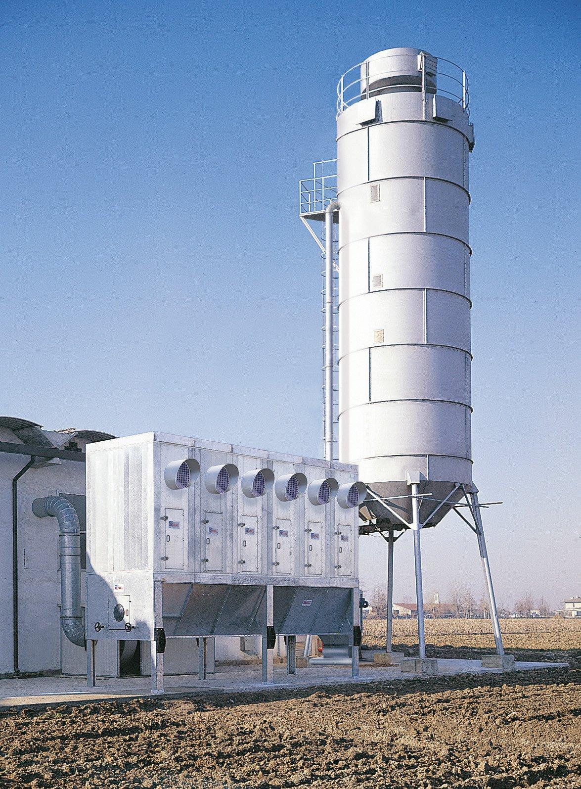 Sottostazione e silos di contenimento