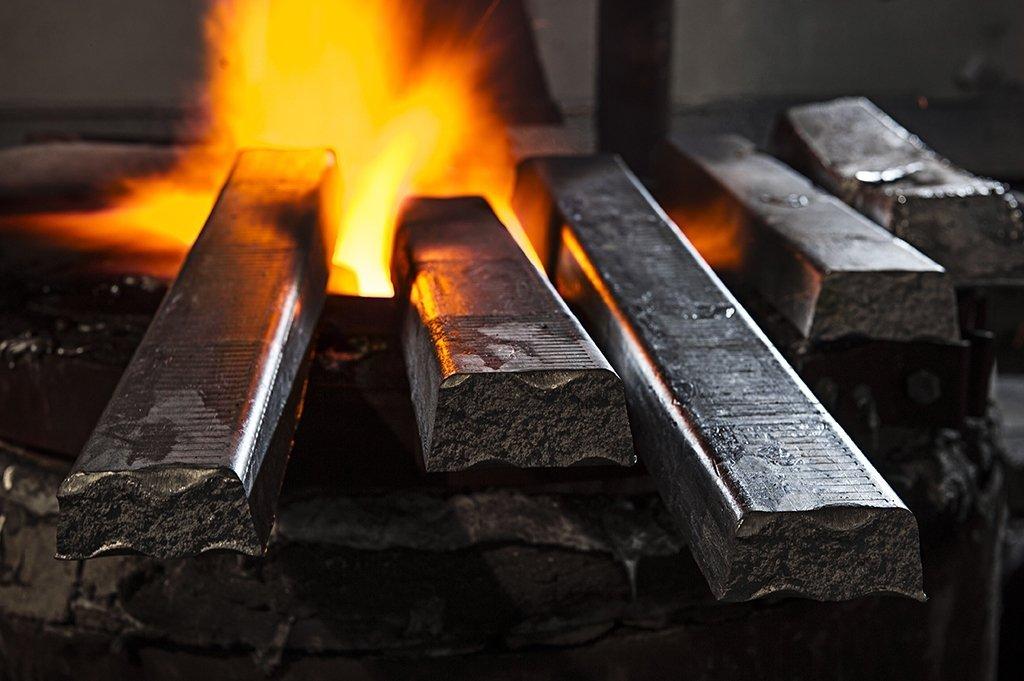 barra ferro in forno