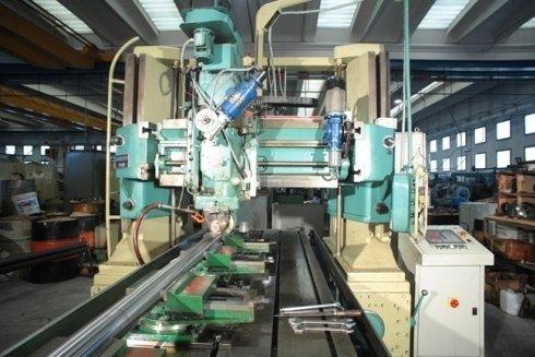 Una delle macchine in produzione