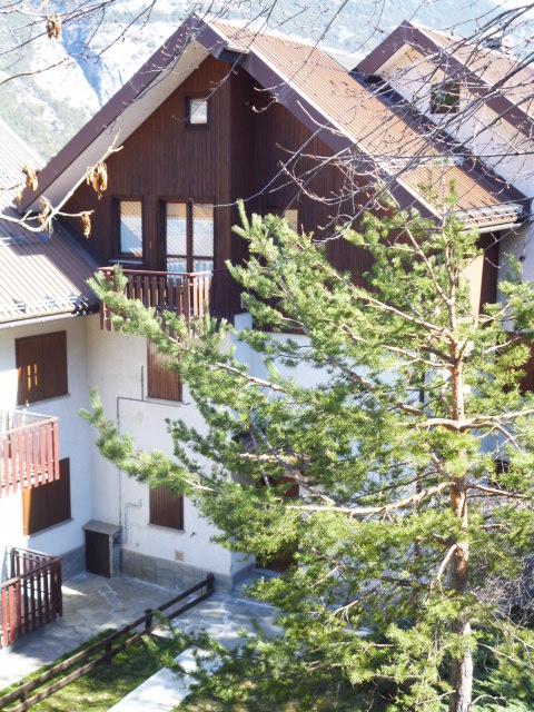 casa con tetto spiovente