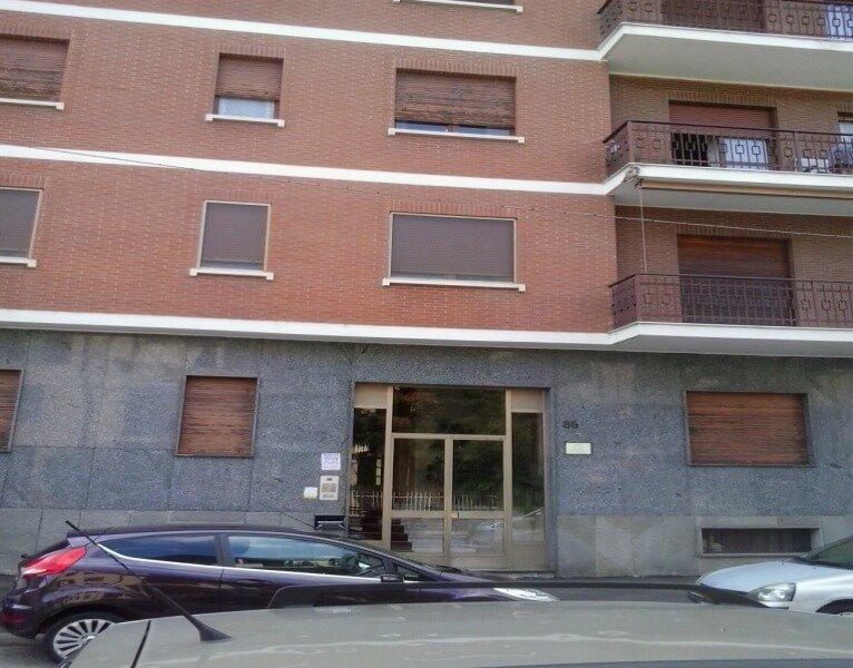 Appartamento Bilocale in vendita in Torino  Via Pasquale Paoli di mq 50