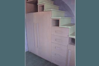 armadi su misura in legno