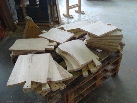 taglieri personalizzati in legno