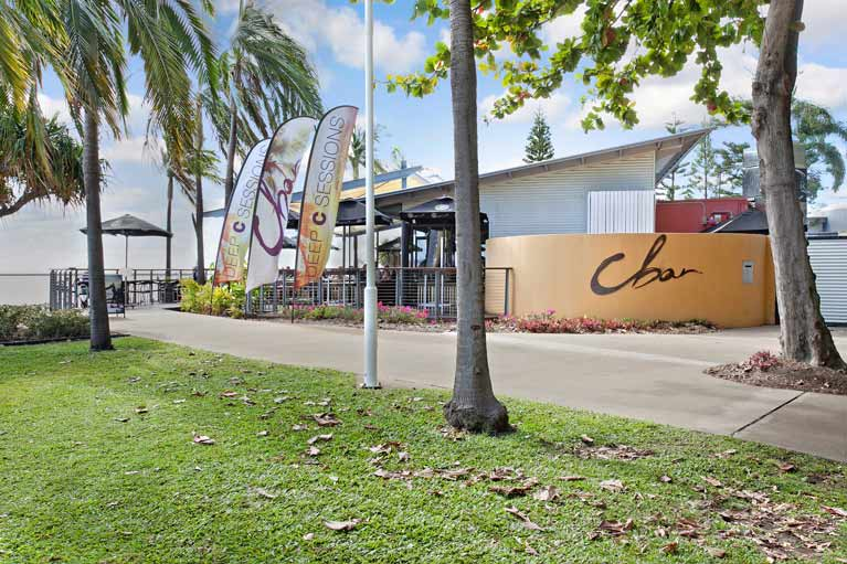 beach house motel c bar