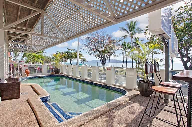beach house motel swimming pool