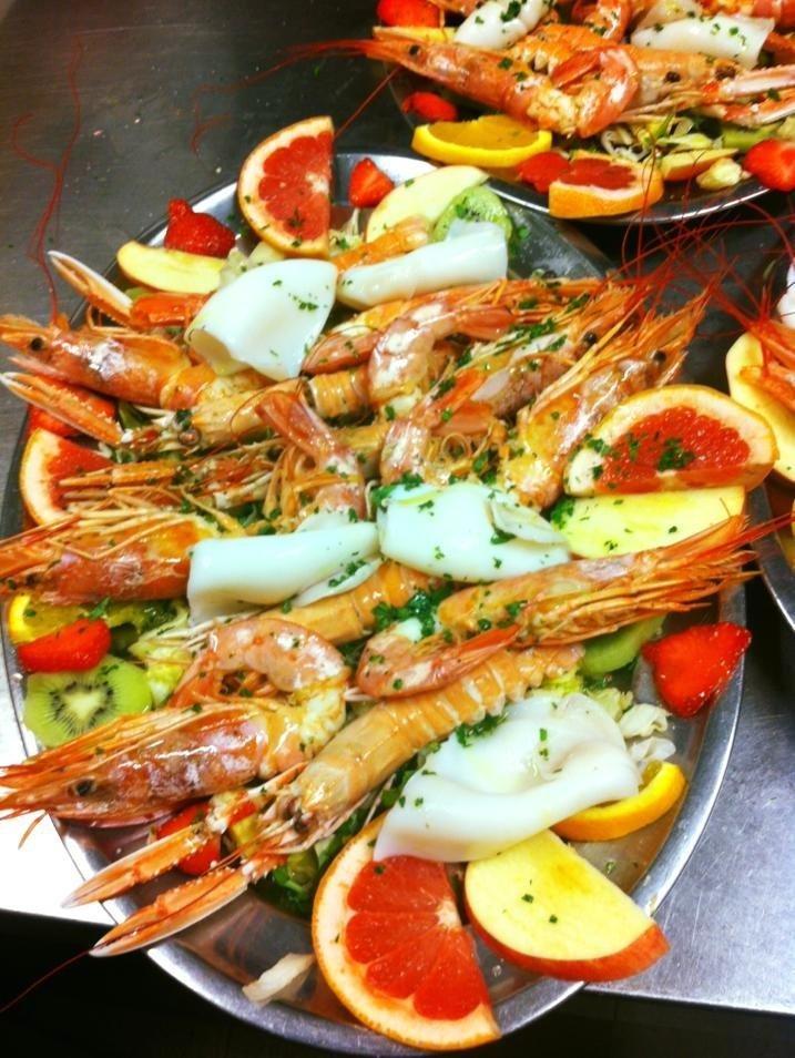 Catalana di Pesce con la Frutta