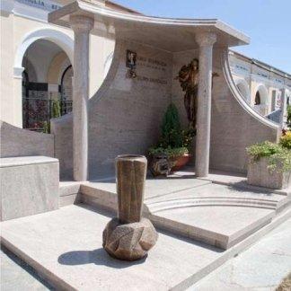 Lapidi monumentali