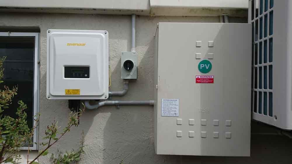 control box for solar panels