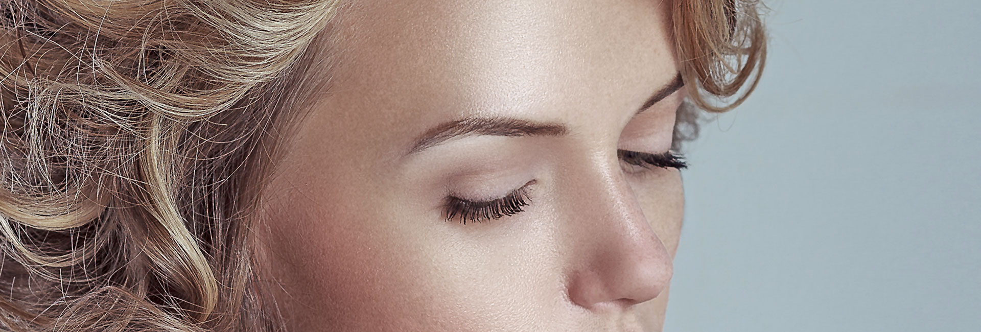 Beautician For Eyebrow Threading In Millharbour