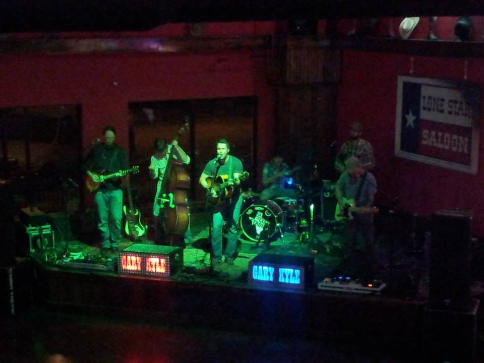 Life Entertainment in Katy, TX | The Lone Star Saloon