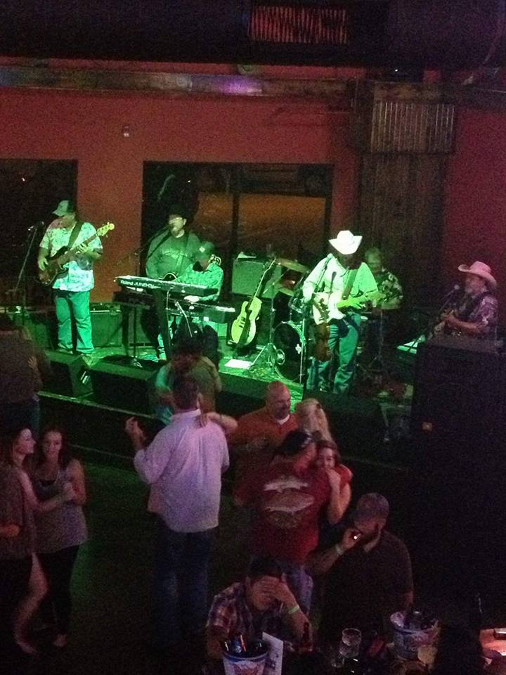 Country Western Saloon in Katy, Sugar Land & Richmond, TX | The Lone Star Saloon