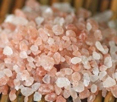 Sale rosa granuli