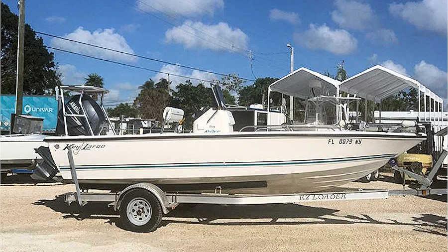 19' Key Largo 1900 Bay Boat 2009