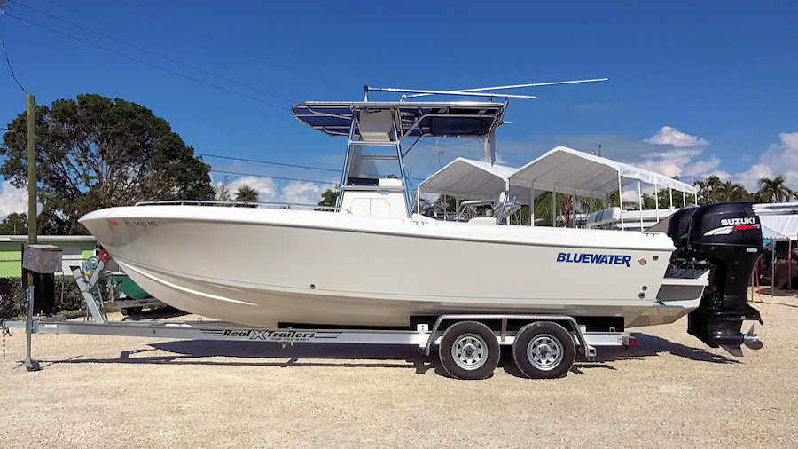 25' Bluewater 2350 Center Console 2008