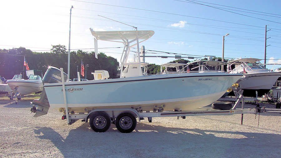 20' Sailfish Center Console 2004