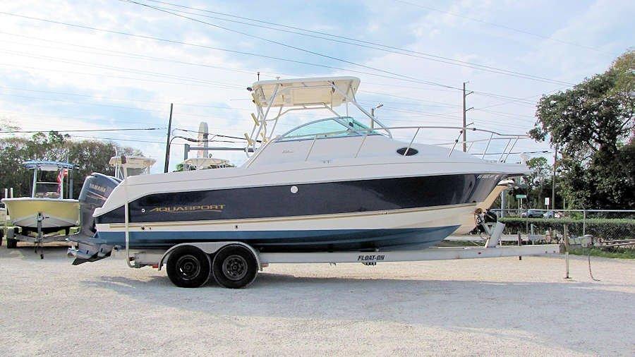 2005 Aquasport 275 Explorer WA