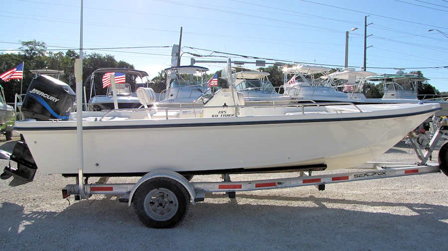 19' Seafox 195 Bay Fisher 2002