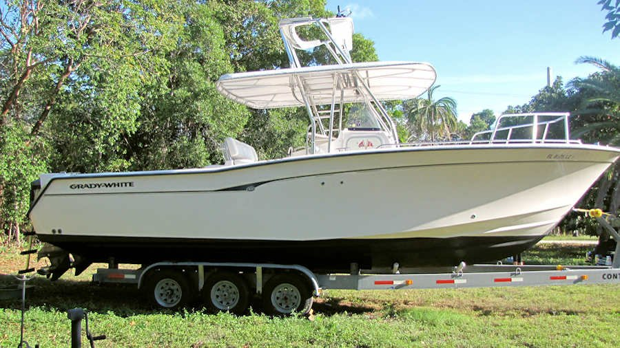 30' Grady White 306 Bimini Center Console 2000