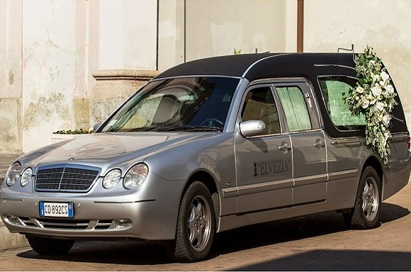 vettura funebre Elvezia