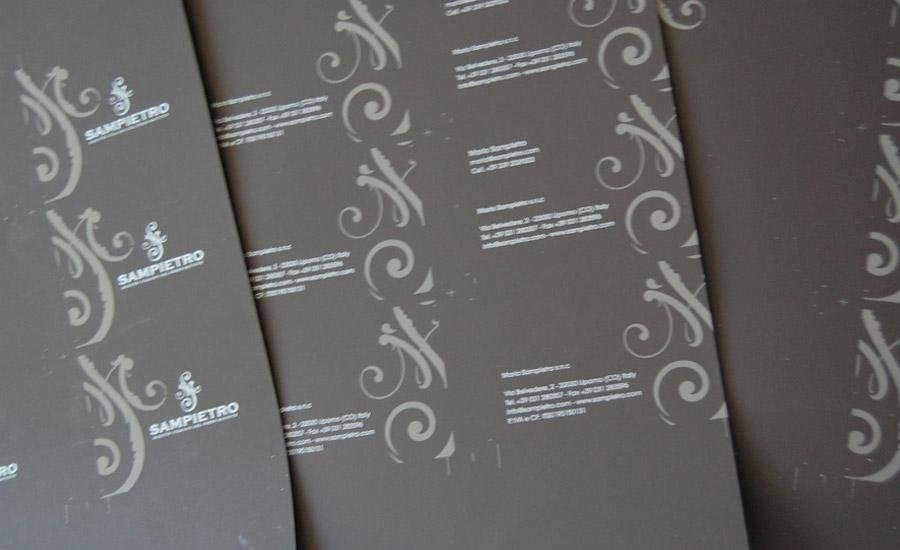 CARTA E CARTONE Stampa serigrafica multicolore uv su cartoncino effetto velluto