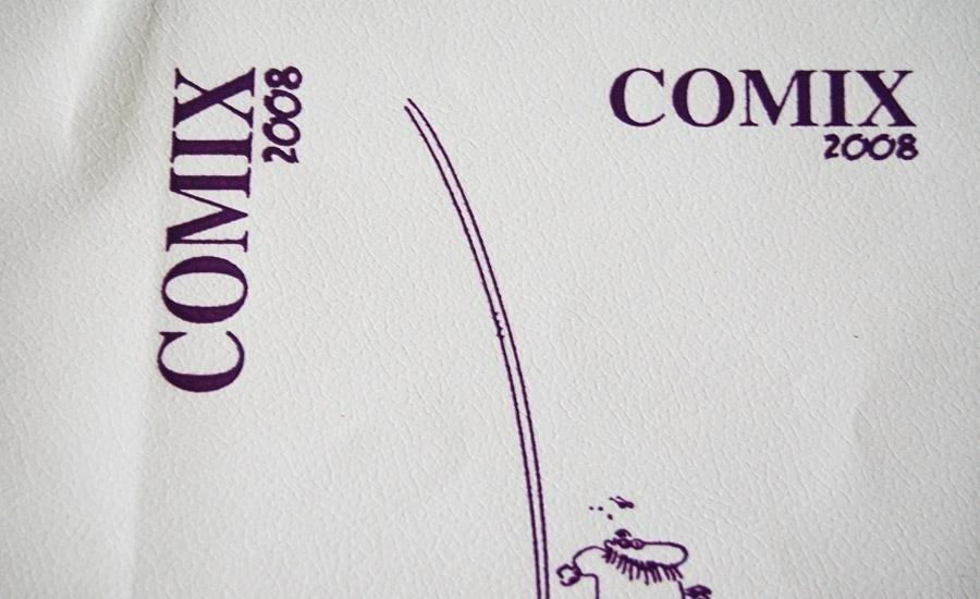 PELLE E SIMILARI Stampa serigrafica UV a rilievo colore viola su finta pelle bianca