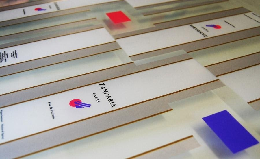 PLASTICHE Stampa in serigrafia a 7 colori su pvc trasparente