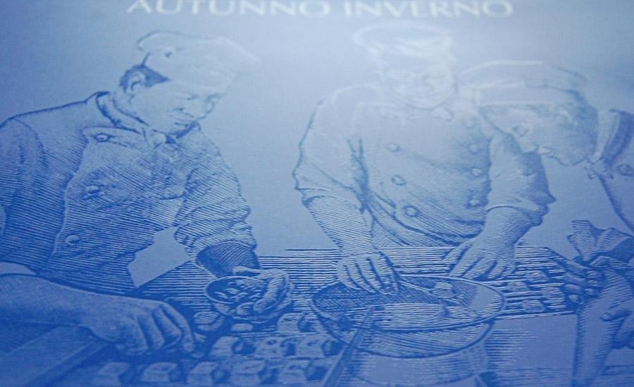 UV LUCIDOOPACO Stampa serigrafica UV lucido con riserva su carta plastificata opaca
