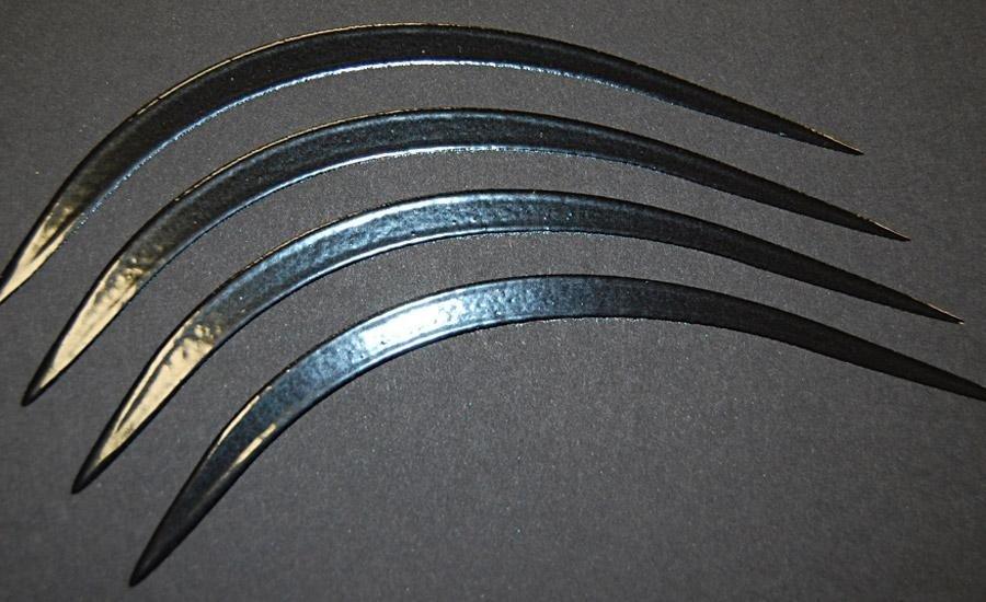 UV A RILIEVO Verniciatura UV serigrafica a rilievo (spessorato)