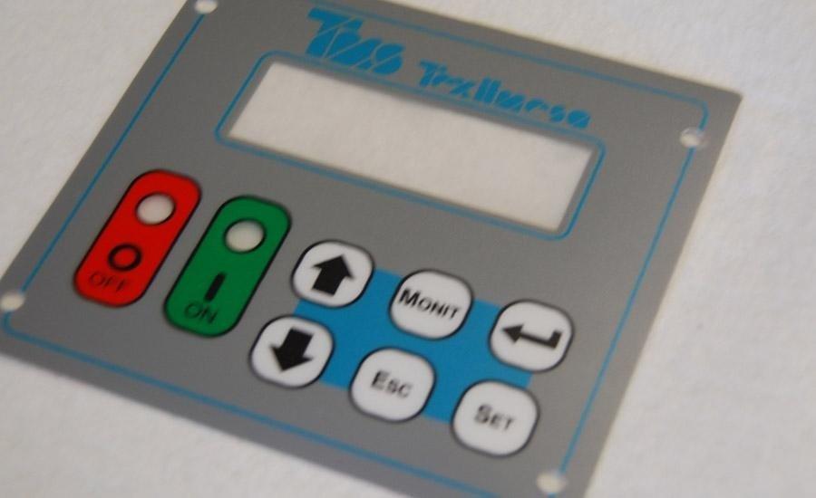 TASTIERE Policarbonato satinato opaco stampato 6 colori + trasparente lucido adesivizzao e fustellato
