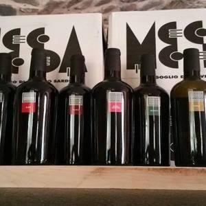 Alcune bottiglie di vino rosso