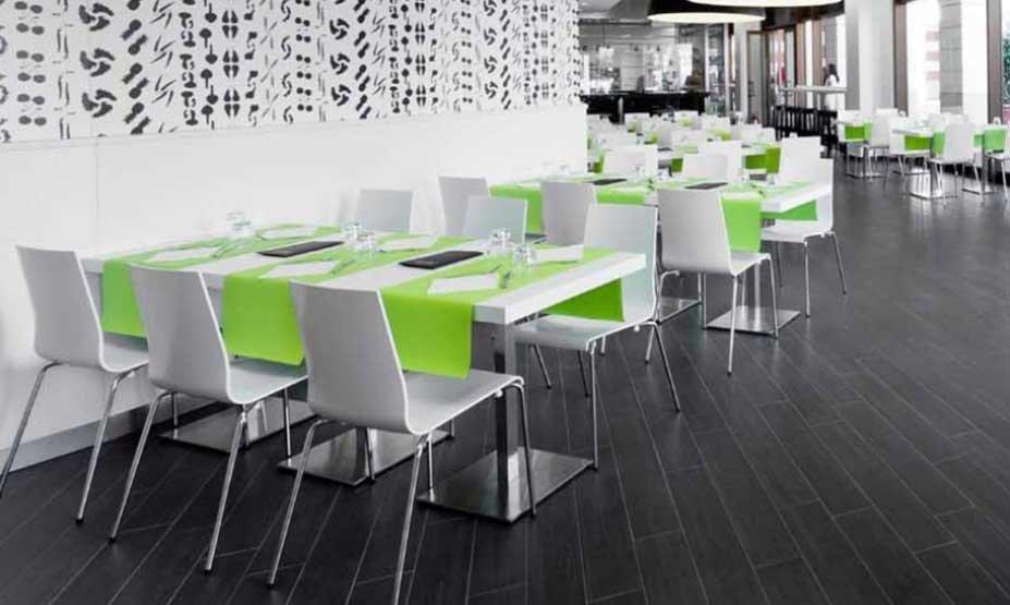 tavoli e sedie coordinate per ristorante