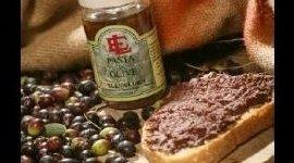 produzione patè, patè di olive, lavorazione olive