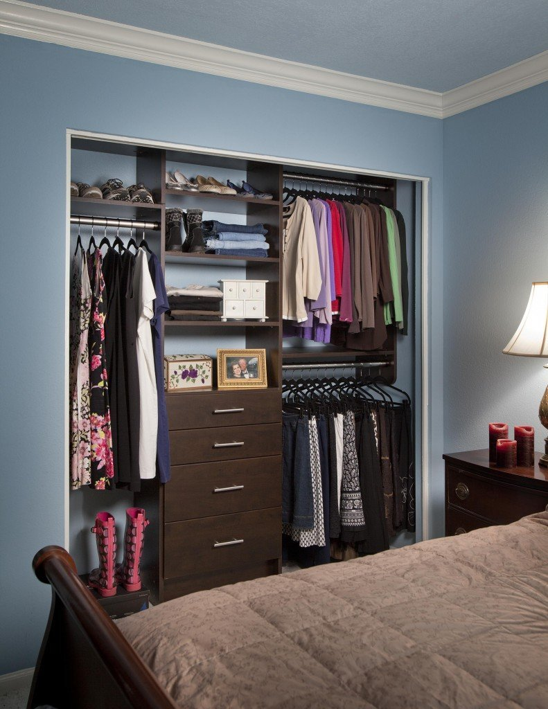 Attrayant Small Reach In Closet With A Chocolate Pear Finish