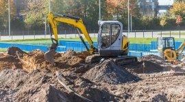 drenaggi, lavori stradali, regolazioni del terreno