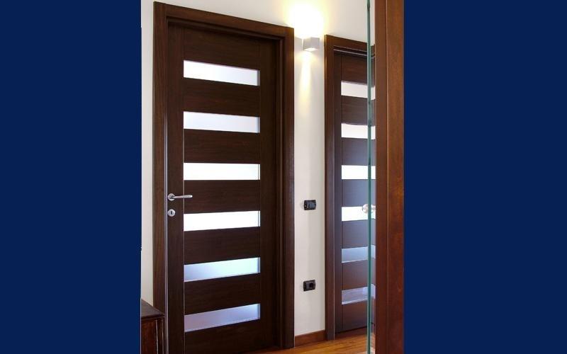 Porta in legno e plexiglass